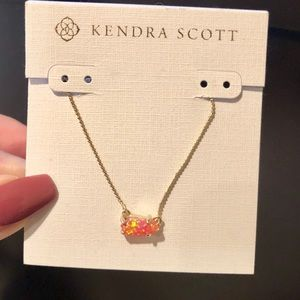 "Kendra Scott ""Jayde"" Gold Necklace 💕Brand NEW NWT"